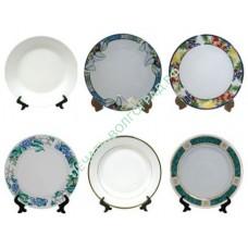 Тарелки с надписью, рисунками